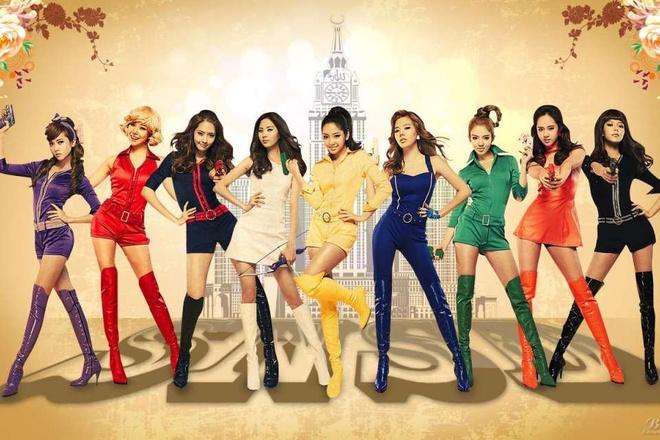 Nhung hinh tuong dang nho cua SNSD trong loat MV dinh dam hinh anh 6 Để tạo điểm nhấn cho đĩa đơn Hoot năm 2010, nhóm sử dụng hình ảnh dựa trên các Bond Girl.