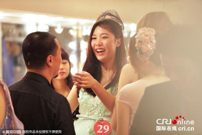 Chu nha Trung Quoc da co dai dien tai Hoa hau The gioi 2015 hinh anh 7