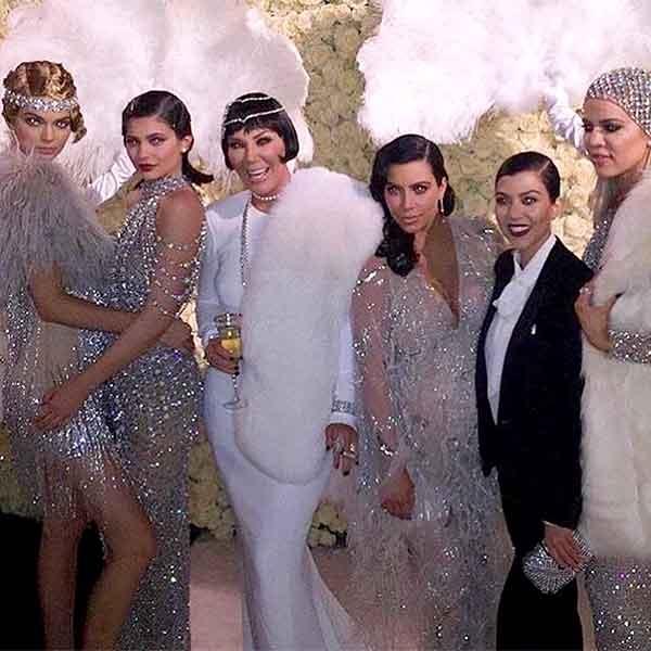 Me Kim Kardashian chi 50 trieu USD mua bao hiem hinh anh 1