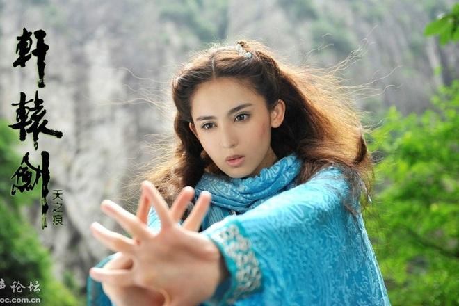My nhan co trang Hoa ngu dep kieu diem hinh anh 4