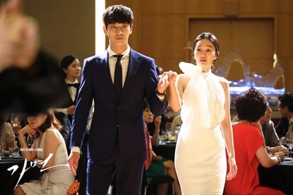 5 phim Han co su but pha ngoan muc hinh anh