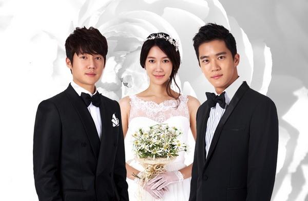 Lee Ji Ah hai lan khon kho vi lay chong giau trong phim hinh anh 1