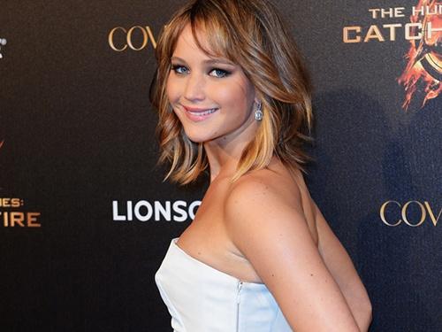 Thoi trang tham do quyen ru cua Jennifer Lawrence hinh anh