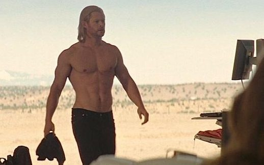 Tai tu Chris Hemsworth hoc hac bat ngo hinh anh 2