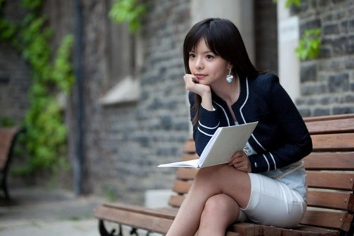 Hoa hau Canada 2015 bi Trung Quoc cam nhap canh hinh anh 3