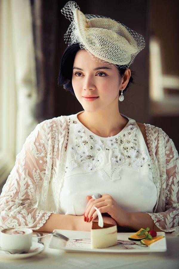 Ly Nha Ky - Ho Ngoc Ha: Hai bieu tuong thoi trang Vbiz hinh anh 1