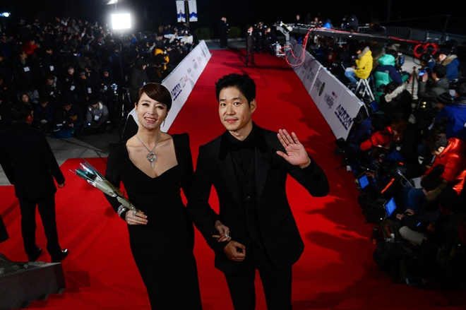 Phim cua Yoo Ah In can quet giai Rong Xanh hinh anh 1