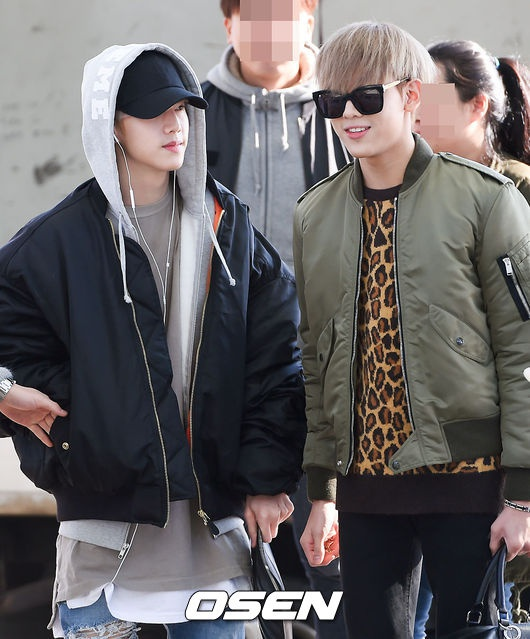 Sao Kpop dong loat len duong du MAMA 2015 hinh anh 14 Mark và Bambam.