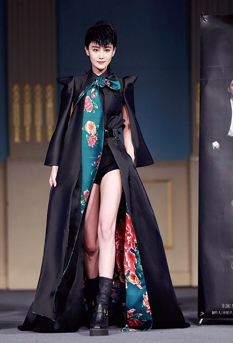 Truong Hinh Du ca tinh catwalk cung Han Chae Young hinh anh 1