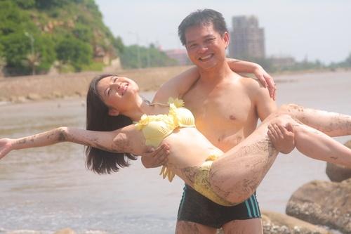 Chang dien vien len NSND van chua them lay vo hinh anh 3