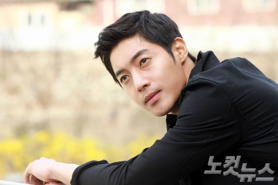 ADN chung nhan Kim Hyun Joong co con trai hinh anh 2 Mỹ nam xứ Hàn làm cha ở tuổi 29.
