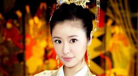 Lam Tam Nhu lan dau thu suc o vai tro dao dien hinh anh