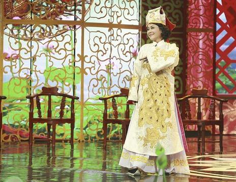 NSUT Minh Hang khoc khi lo hen Tao quan 2016 hinh anh 2