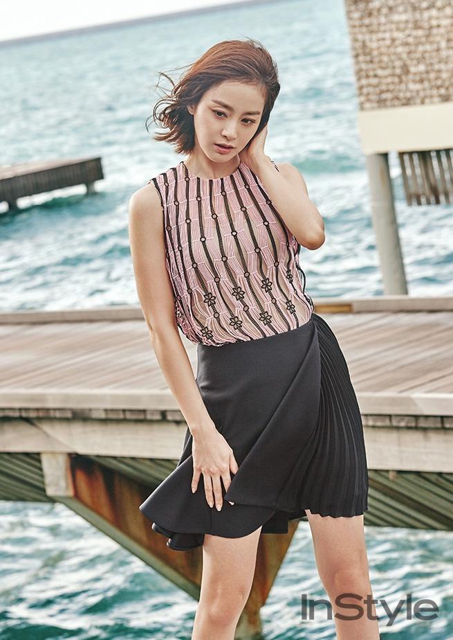 Kim Tae Hee khoe net tuoi tre tren tap chi hinh anh 9