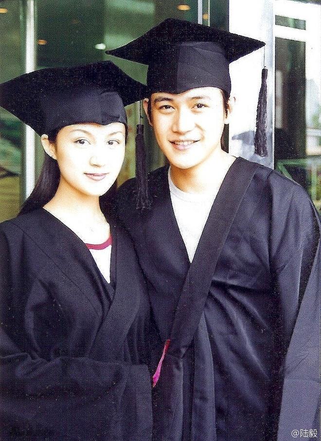 Luc Nghi hanh phuc sau 20 nam ben Bao Loi hinh anh 2
