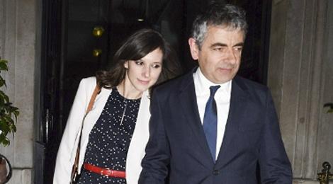 Mr. Bean va ban gai kem 28 tuoi chuyen ve song chung hinh anh