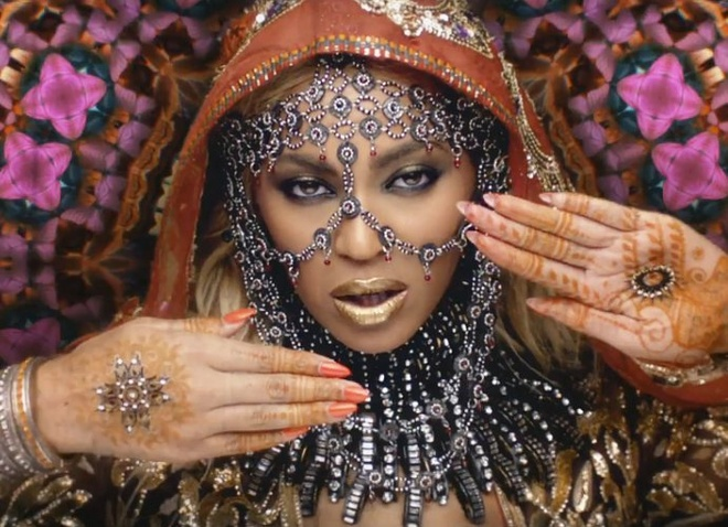 Beyonce bi chi trich vi trang phuc trong MV moi hinh anh 1