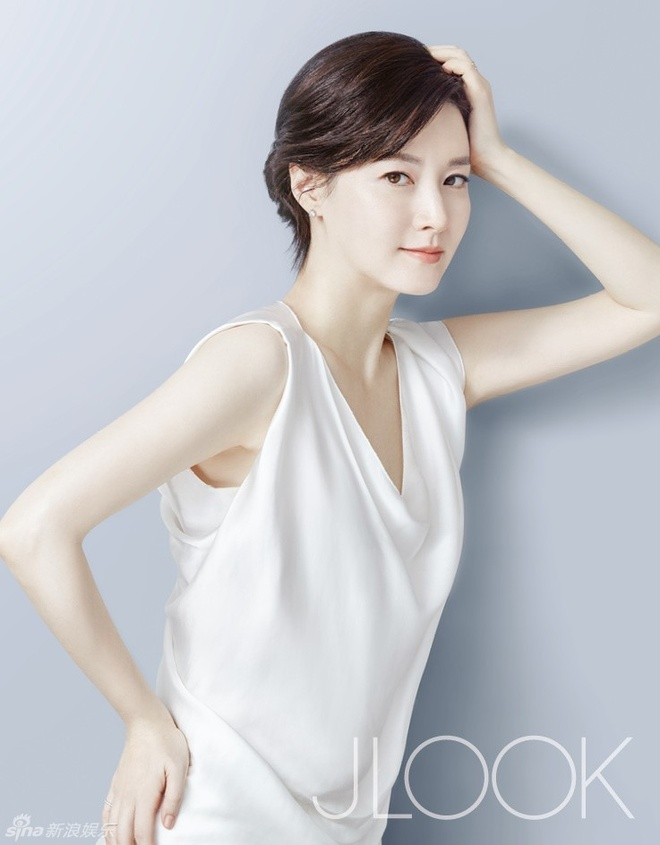 Lee Young Ae tre trung o tuoi 45 hinh anh 4