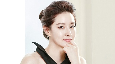 Lee Young Ae tre trung o tuoi 45 hinh anh