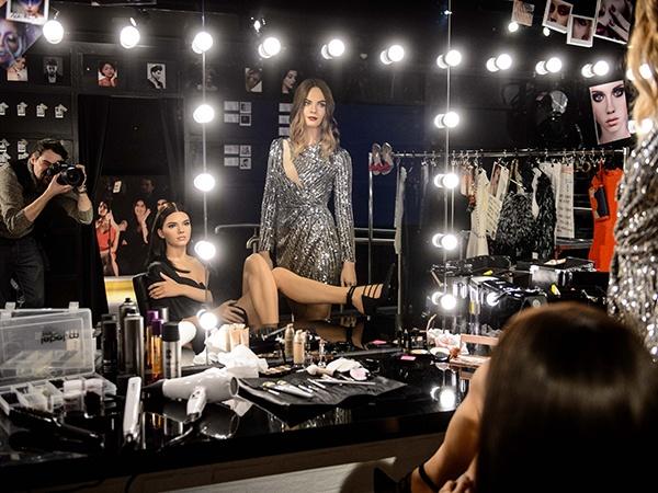 Cara Delevingne va Kendall Jenner duoc dung tuong sap hinh anh 1