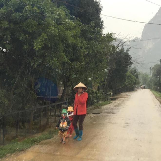 Sao 'Kong: Skull Island' khoe anh phong canh Quang Binh hinh anh 3