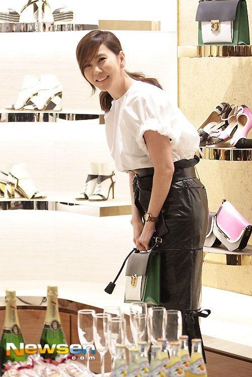 Kim Nam Joo mat diem vi mac luom thuom hinh anh 4