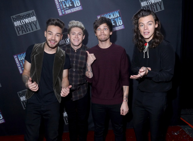 Thanh vien One Direction hen ho nguoi dep hon 10 tuoi hinh anh 2
