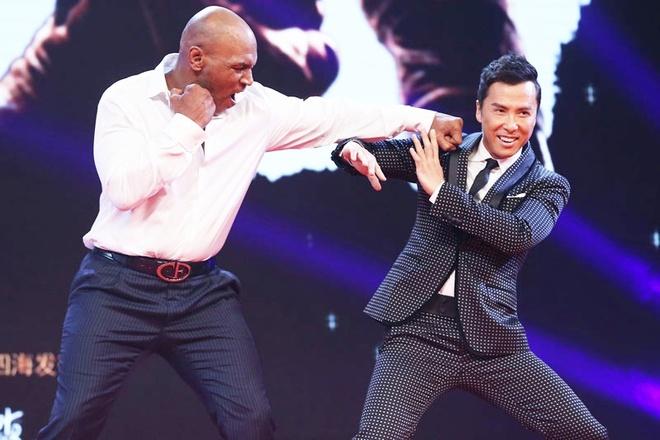 Chan Tu Dan phai mua bao hiem vi Mike Tyson hinh anh 1