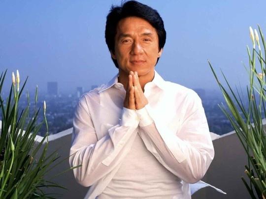 Thanh Long lien tuc bi bao chi dua tin da qua doi hinh anh 2