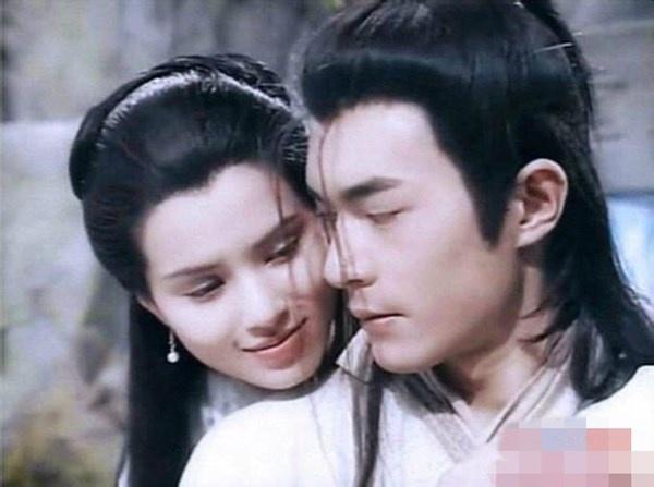 Nhung cau thoai lang man nhu ngon tinh trong phim Kim Dung hinh anh 2