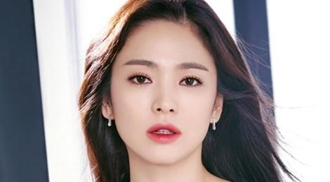 Song Hye Kyo khoi kien khi bi don la gai bao hinh anh