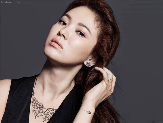 Song Hye Kyo la my nhan so 1 anh 2