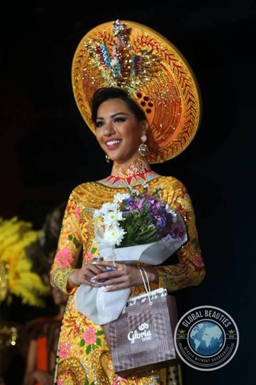 Nguoi dep Viet Nam lot top 3 Trang phuc dan toc Miss Eco hinh anh 1