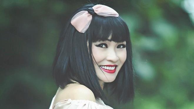Phuong Thanh hat nhac bolero cho khan gia Ha Noi hinh anh
