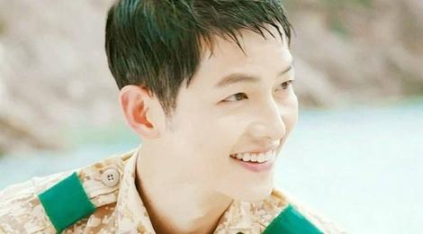 Dao dien 'Hau due mat troi' che Song Joong Ki nu tinh hinh anh