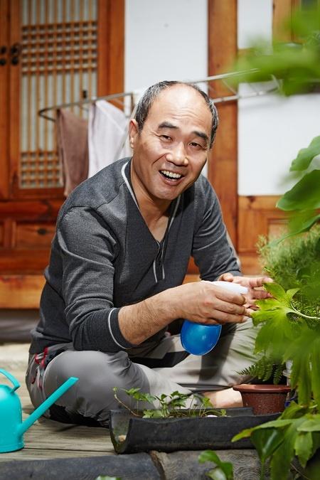 Trung tuong 'Hau due' va 9 nam lang tham voi ung thu gan hinh anh 4