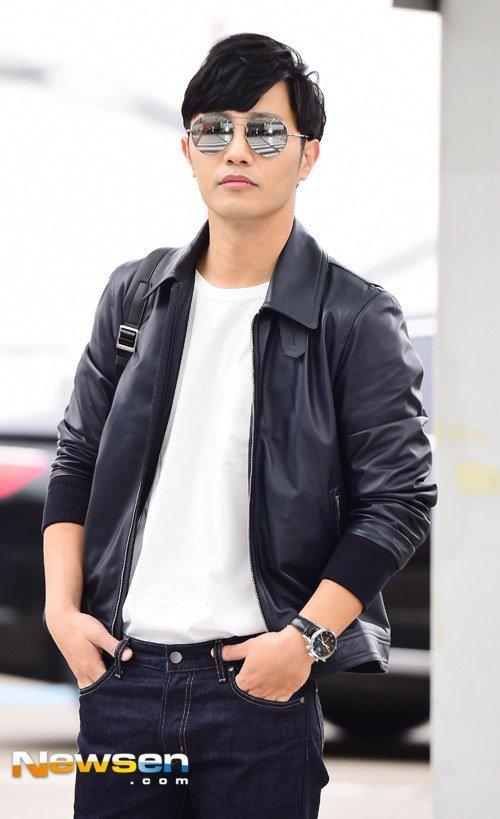 Lee Min Ho va sao 'Hau due mat troi' do thoi trang san bay hinh anh 7