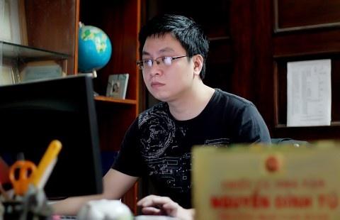 Nguyen Dinh Tu: 'Tap tan van khong dai dien cho van hoc tre' hinh anh 1