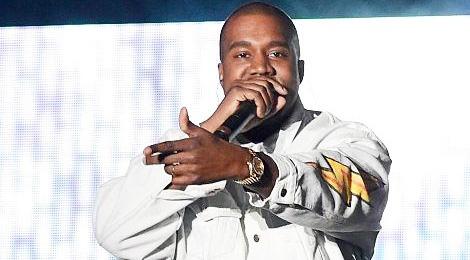 Kanye West bi tat mic vi lao len san khau hinh anh