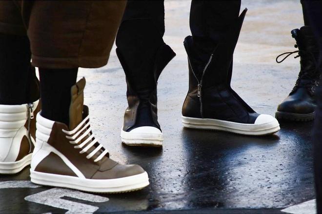 Sneakers cho nam gioi: Dien sao cho dep? hinh anh