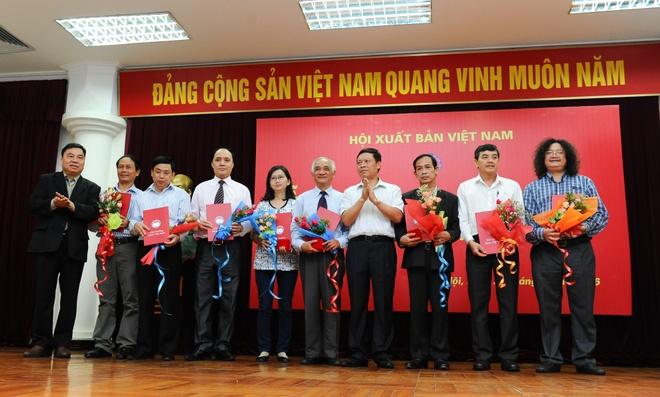 Giai Sach Viet Nam 2015: Ton vinh nhung bo sach do so hinh anh 1