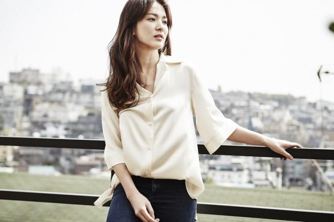 Song Hye Kyo tra loi cau hoi cua khan gia Viet Nam va chau A hinh anh 2