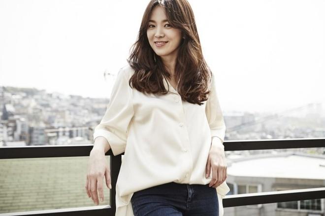 Song Hye Kyo tra loi cau hoi cua khan gia Viet Nam va chau A hinh anh 1