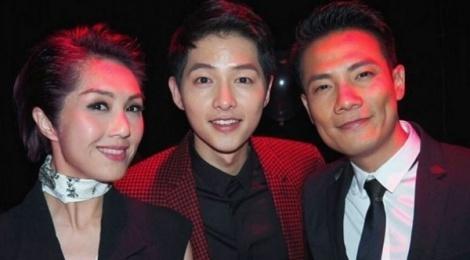 Song Joong Ki o Hong Kong: Fan cuong, dong nghiep kho chiu hinh anh