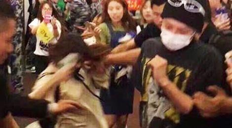 Fan bi xo nga khi co tiep can G-Dragon hinh anh