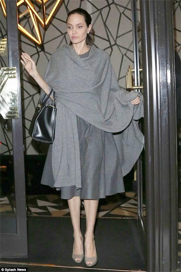 Angelina Jolie chi nang 36kg giua tin don ly hon Brad Pitt hinh anh 1