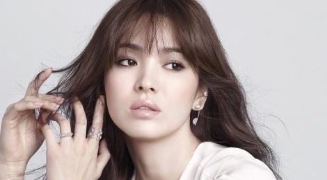 Song Hye Kyo bi hang nu trang khoi lai scandal tron thue hinh anh