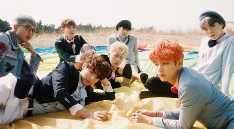 Album moi cua BTS dat khach du chua ra mat hinh anh