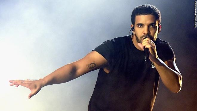 Drake va Kesha cung tai xuat an tuong hinh anh 1