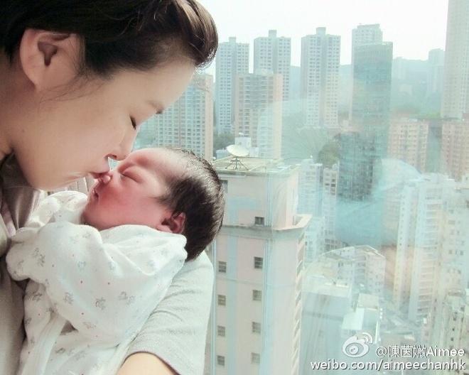 Vo Tran Hao sinh con anh 2